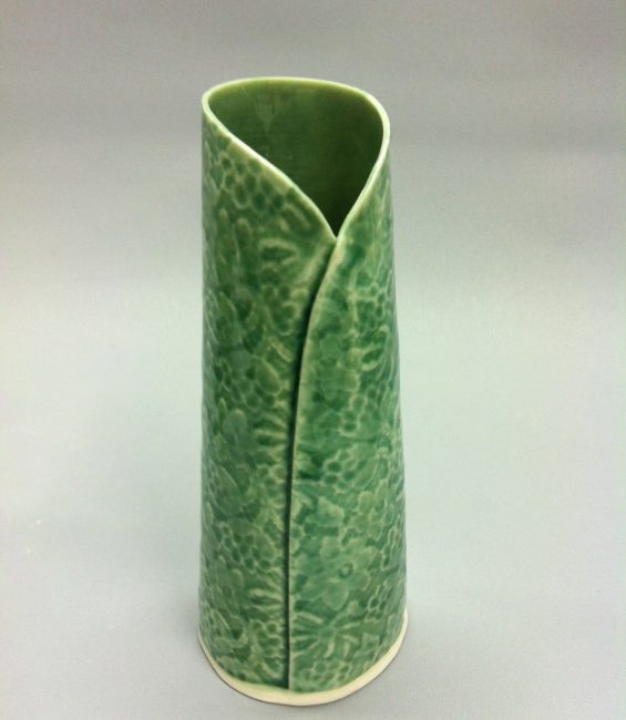 taper folded budvase