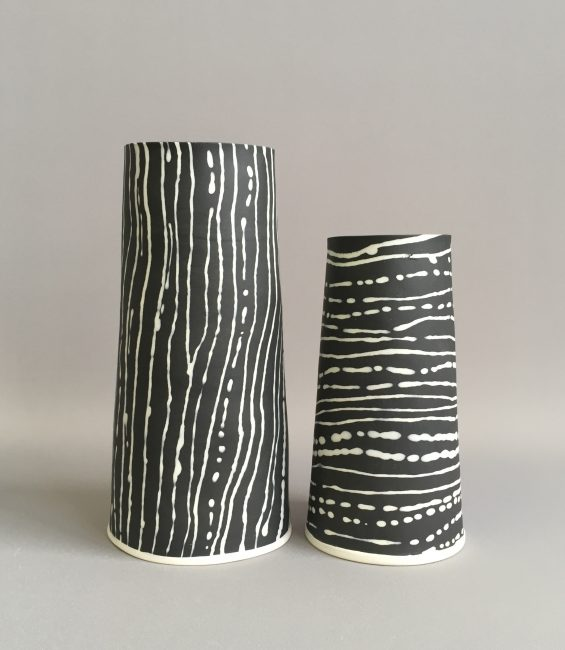 black and white fluidity vessel