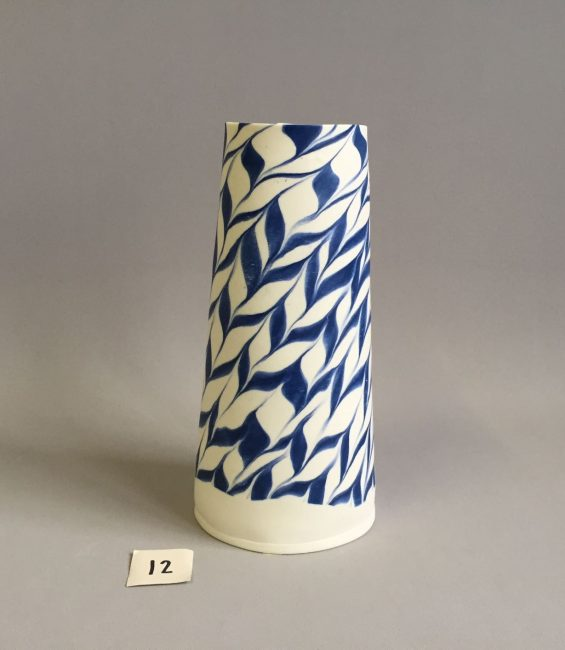 #12 blue feathered taper
